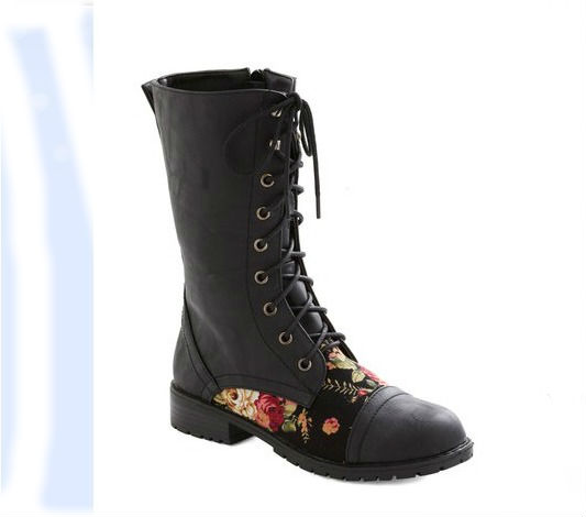 blooming-saddles-boot-black-mod-cloth-loop-blog