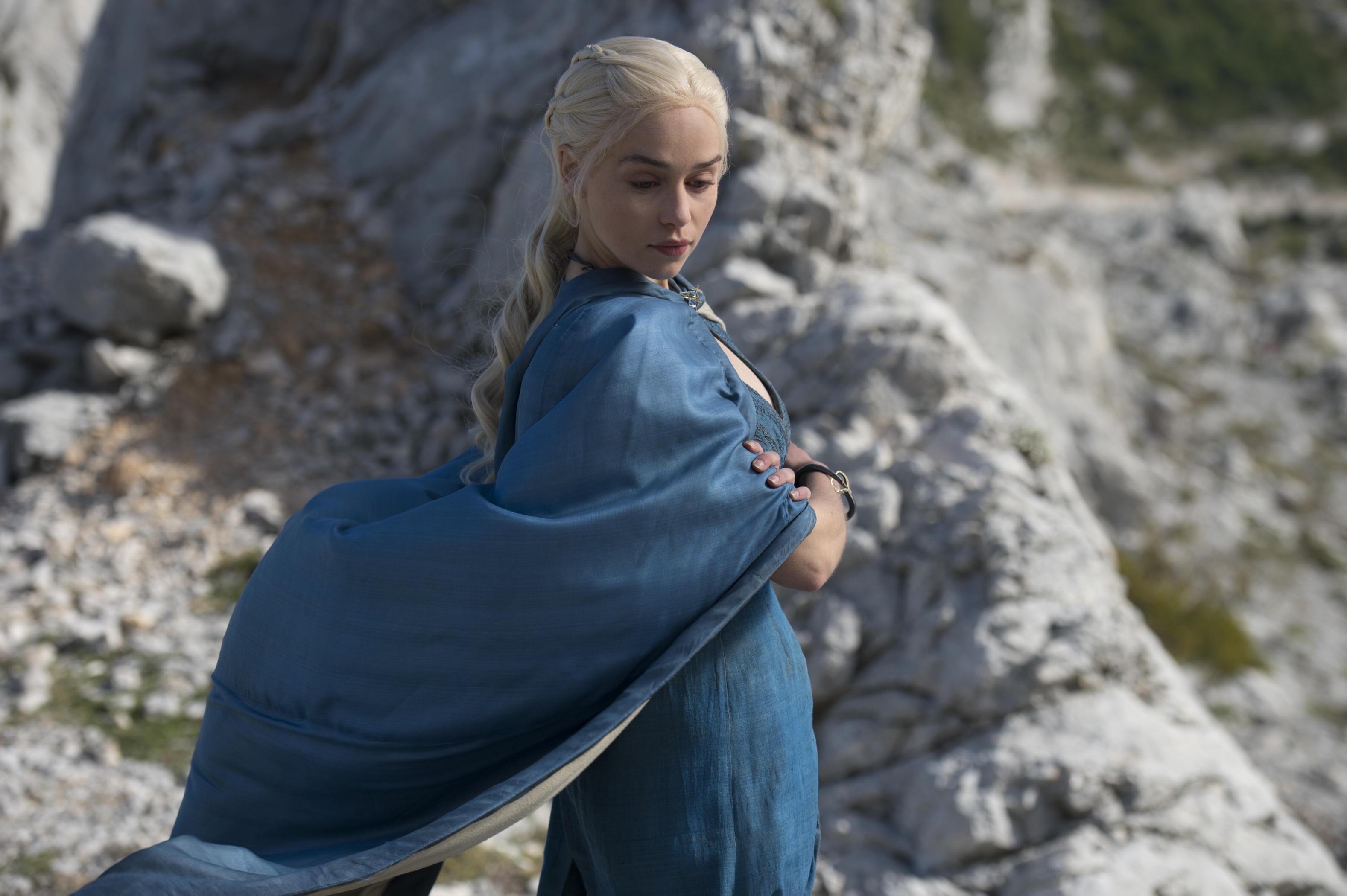 Game-of-Thrones-Season-4-Emilia-Clarke-Daenerys-Targaryen