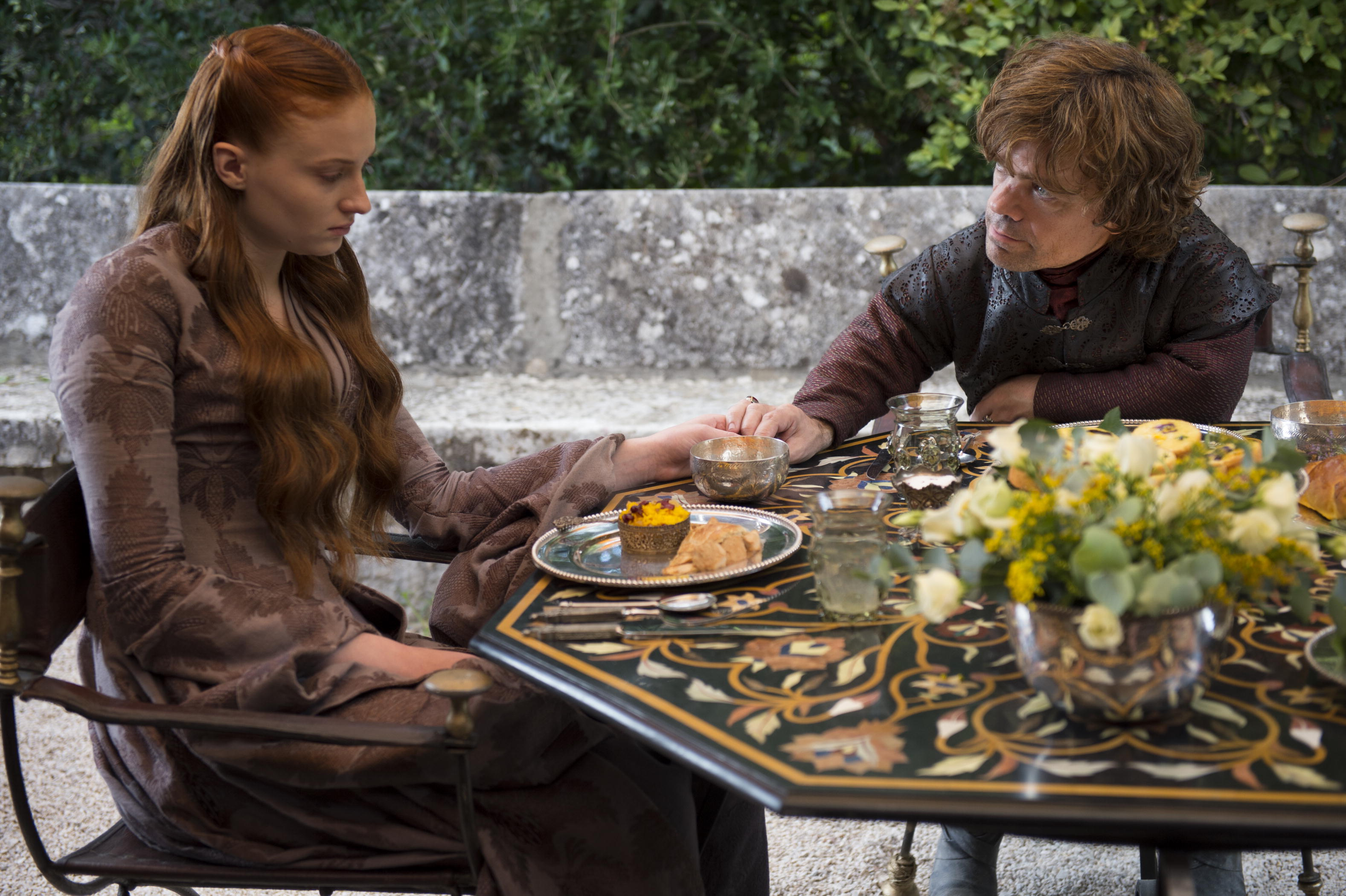 Game-of-Thrones-Season-4-Sophie-Turner-Sansa-Stark-Peter-Dinklage-Tyrion-Lannister