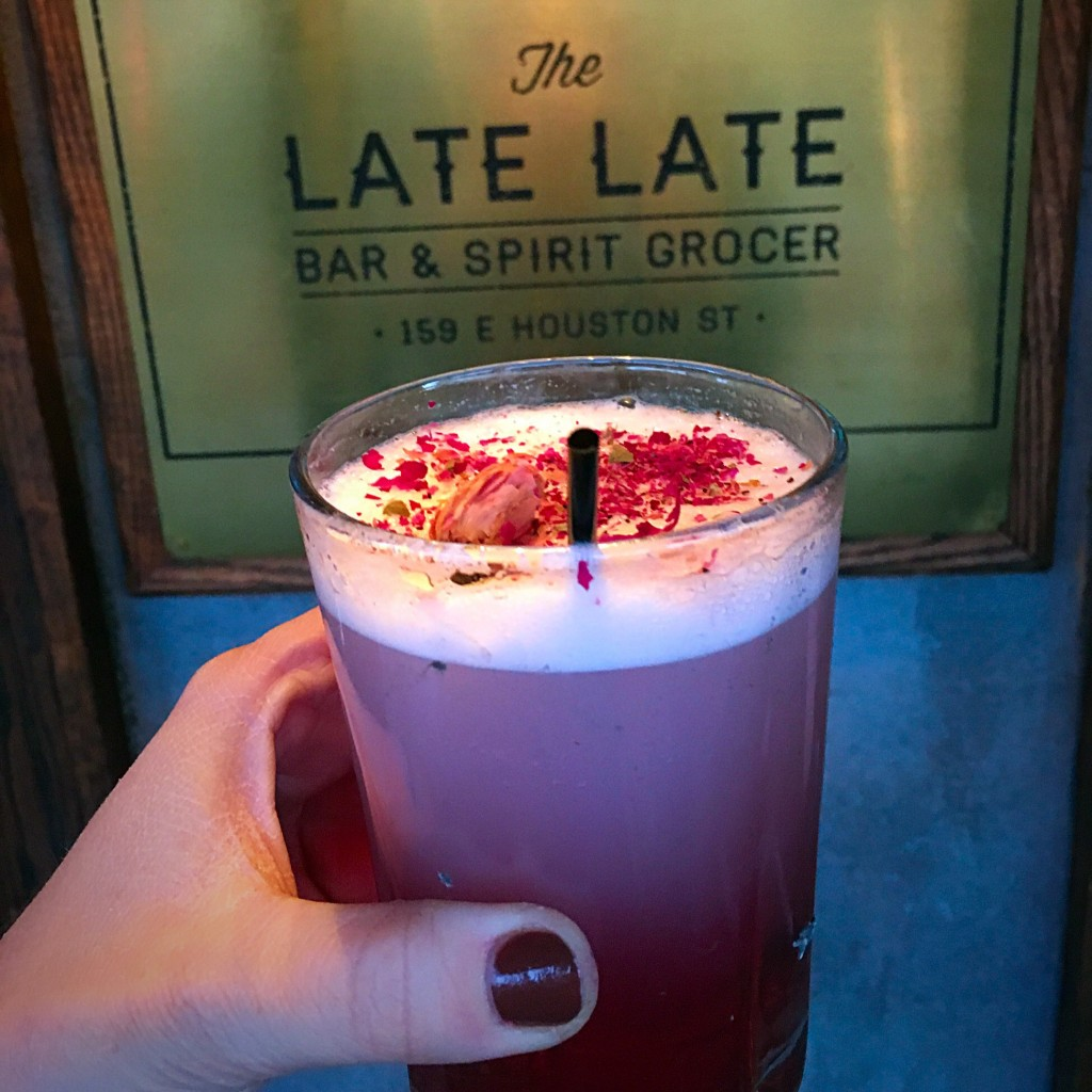 late-late-gin-fizz-cocktail