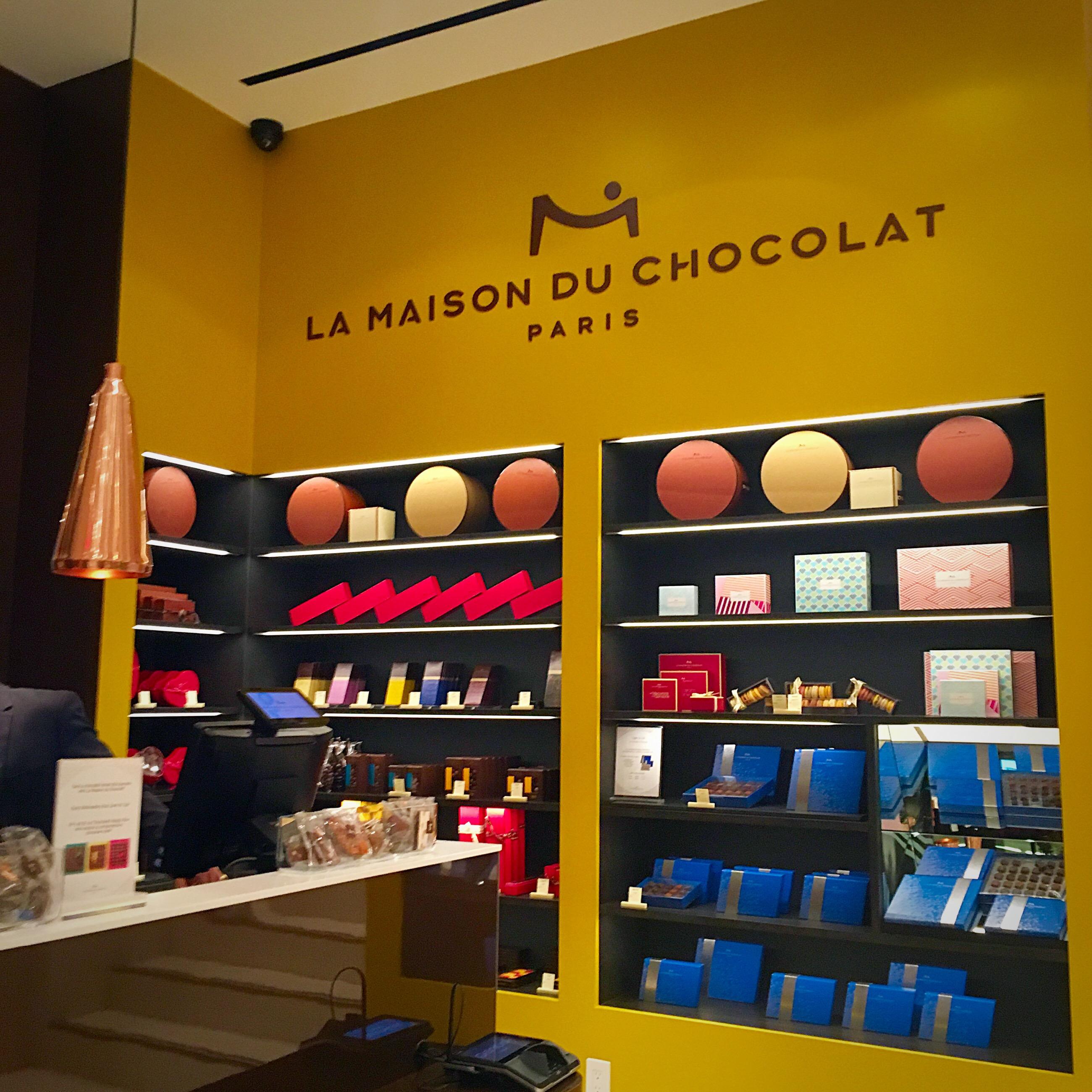 La maison du store stunning la maison du chocolat with la maison du store internet maison du - La maison du peintre ...
